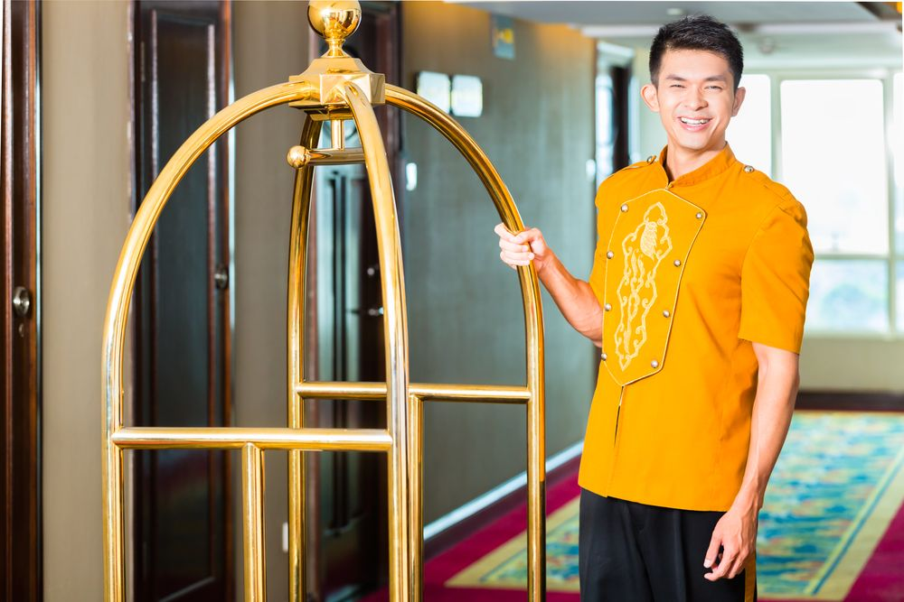 Hawaii All Inclusive Bellman